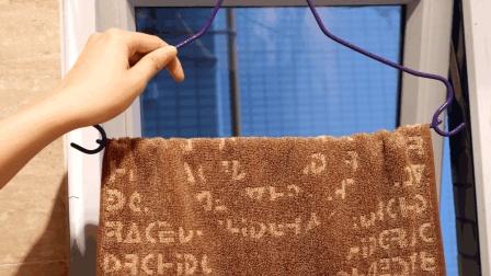 卫生间窗户上挂一条毛巾, 太有这个必要了, 看完你会感谢我