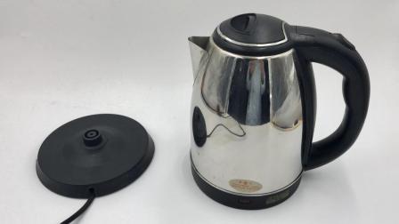 用电热水壶烧水, 这四种错误别再犯了, 特别是最后一个, 涨知识了