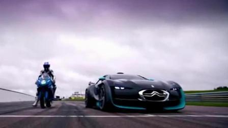 摩托车与电动跑车的对决, 一个视频告诉你谁的速度更快!