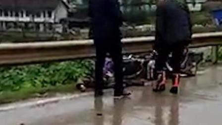 男子驾摩托车遭撞飞 空中翻腾数周