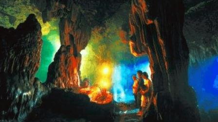 """湖南山洞发现疑似""""真龙"""", 专家一看全傻眼, 这不就是真龙化身?"""