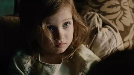 女孩被养父每天注射抑制生长的药物, 谁料身体却开始变异