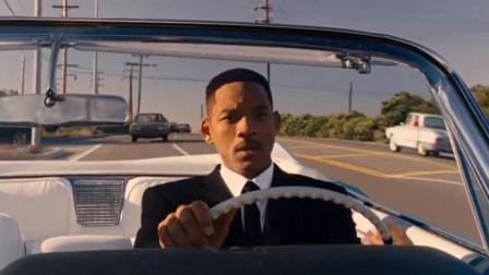警察看到黑人穿西装开豪车, 直接就拦了下来, 结果尴尬了!