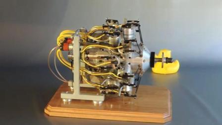 实拍多缸双列径向发动机, 运行速度超级快!