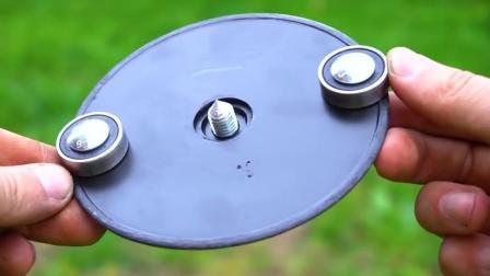 牛人DIY小工具, 看看它的作用是什么?