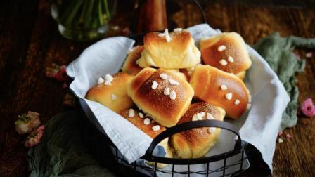 我的日常料理 第一季 超详细步骤教你制作超松软可以拉丝的面包-珍珠糖面包卷