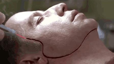 一部尽显暴力美学的犯罪片, 堪称吴宇森的巅峰之作, 看了不下十次