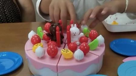 奇淇亲子游戏: 跟奇淇一起做水果蛋糕