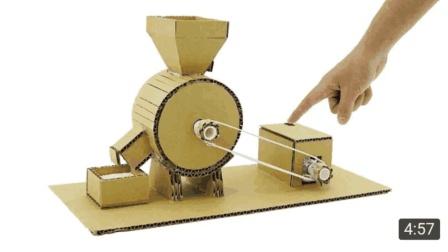 牛人用硬纸板制作小型面粉机, 简单实用