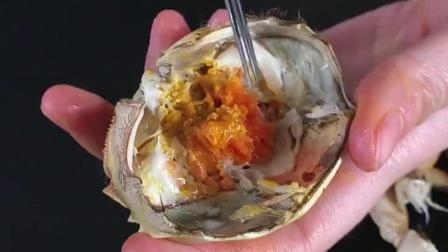 吃了这么多年螃蟹, 才知道大闸蟹这才是正确的吃法, 又涨知识了