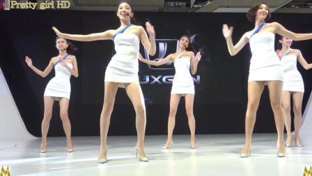 台北车展车模热舞, 长相甜美, 身材好。
