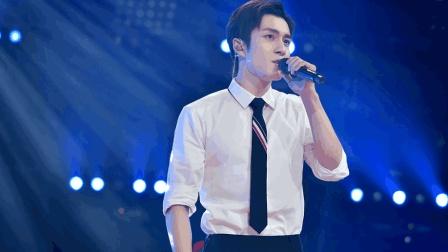被演戏耽误的歌王, 韩东君的唱功, 现场演唱一首《痴心绝对》征服全场