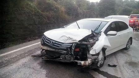 事故警世钟: 开车紧张不分男女, 男司机要紧张起来, 也会横冲直撞434期