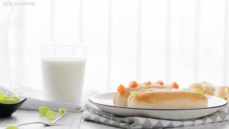 这款奶油夹心面包, 网红烘焙店卖爆了哦!