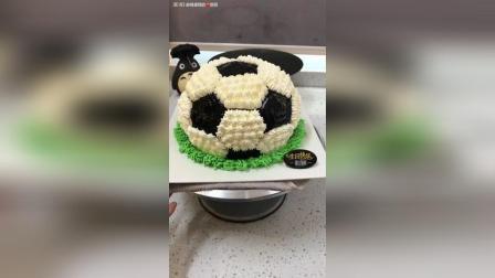 超酷足球蛋糕