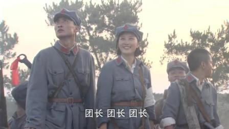 铁血红安: 刘铜锣在飞机上扔手榴弹, 直接扔到了自己人头上