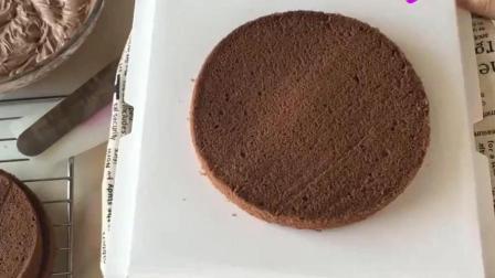 无法抗拒的经典巧克力奶油蛋糕! 再也不用出去买了!