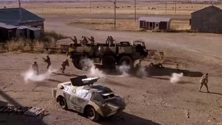 美国青年们开始反击敌军 用火箭筒和机枪对付入侵者!