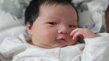 宝宝睡醒之后的两种反应, 如果你家宝宝是后者, 多半会有高智商!