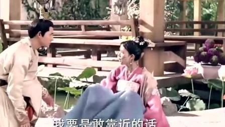莲藕人陈瑶太萌了 每天趴池塘里浸泡补水 不然就干了!