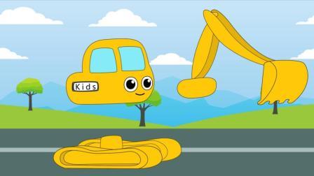 挖掘机清理道路 工程车组装工作