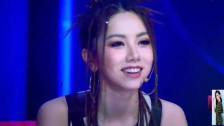 具有个性的两位女歌手吴莫愁 刘柏辛, 舞台就是炸