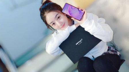 赵丽颖手机荣耀Magic2高清大图公布, 画面太美了
