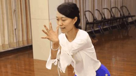 还在羡慕四肢纤细的美女? 缠绕式瑜伽助你甩掉手臂和大腿赘肉