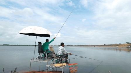 《游钓中国4》第21集 师徒二人再度携手 吴城水库抽白鲢