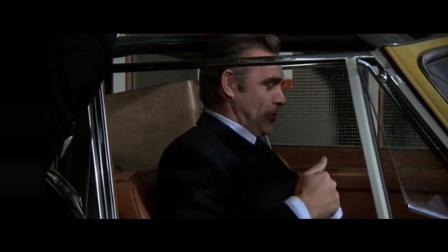 007之金刚钻: 某男打趣 没想到掉进了自己挖的坑
