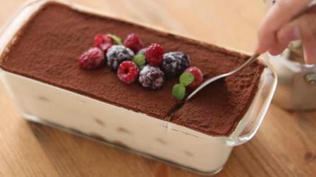 教你在家自制好吃的提拉米苏, 直接放在碗里就能做, 太诱人了!