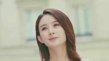 冯绍峰与岳父大人合影变乖巧, 同赵丽颖做同款手势, 恩爱满分!