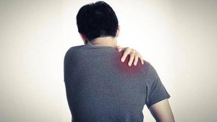 肩膀的3种疼痛不能忽视, 也许是疾病发出的信号