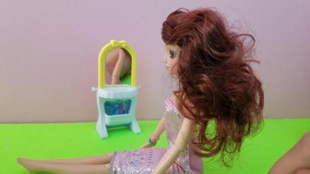 芭比公主洋娃娃DIY梳妆后哪个更漂亮呢