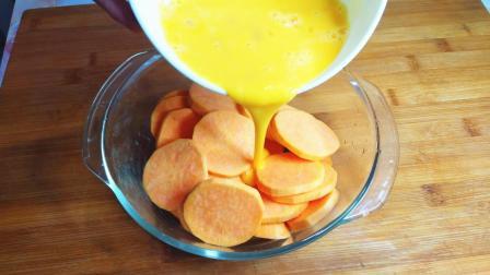 红薯中加2个鸡蛋, 做出这美食酥脆香甜, 5斤红薯都不够吃, 真过瘾