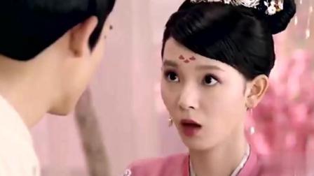 陈瑶刚睡醒  还有起床气  周渝民还没见过你这么呆萌的样子呢!