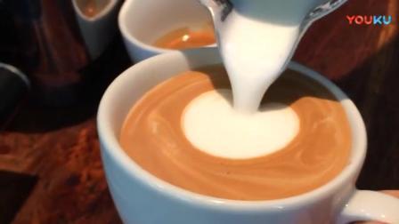 1分钟咖啡拉花, 心形拉花慢动回放!