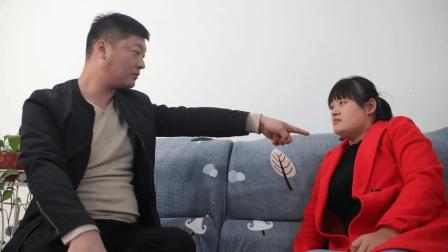 丈夫因公司破产和妻子离婚, 多年后东山再起时, 才明白妻子的用心