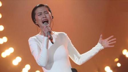 中国摇滚第一人给谭维维伴唱, 听一遍就上瘾, 值得回味!