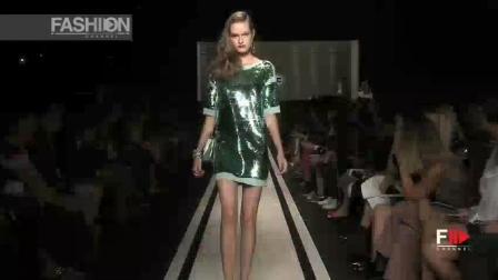 Beverly Nina 纽约时装秀, 舞台灯光璀璨, 超模美丽大方, 设计时尚前卫