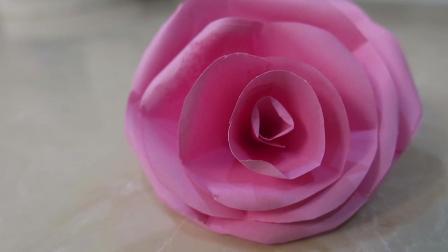 教你如何叠出一朵美丽的粉色玫瑰花