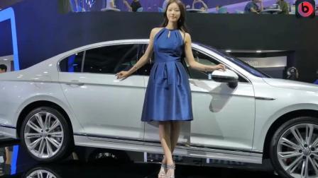 韩国车展上的气质女模, 甜美笑容深入人心!