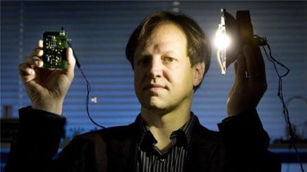 只要在室内开启电灯, 无需WiFi也可以接入互联网? 什么黑科技?