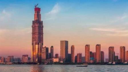 中国最高楼又被刷新, 投资300亿成新地标, 网友: 等等印度?