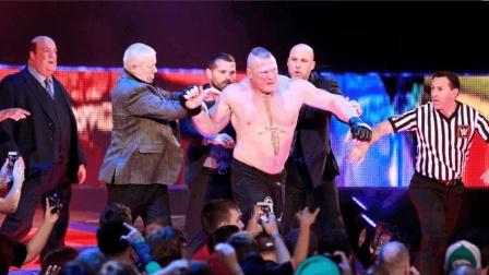 猛兽布洛克太强 遭众人针对重伤抬至后台 再返擂台复仇