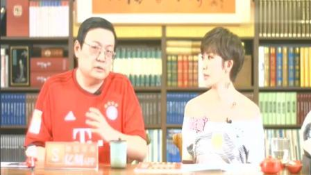 老梁说, 有几名外国演员很感谢崔永元, 小崔究竟做了哪些