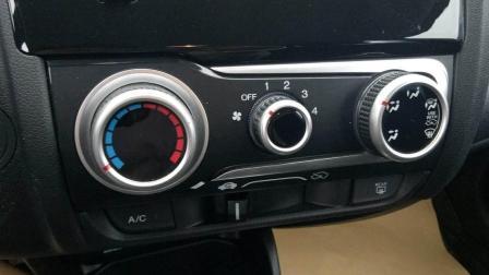 空调这2个功能你知道吗? 驾校不会教, 3成以上的新手司机不会用