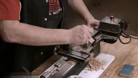 大叔扯一块木板, 本以为是做木工产品, 成品却是你意想不到的东西