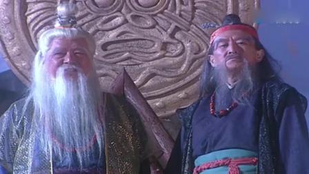 武林高手想荡平侠客岛, 没想两小孩的武功都如此高