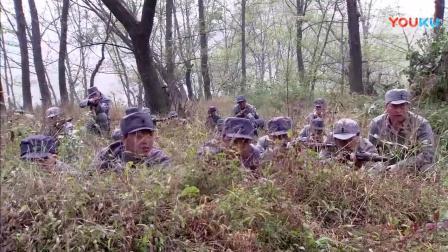 日军用老百姓作挡箭牌令八路军不敢开枪, 高手大怒, 用山上蚂蚁来歼敌!